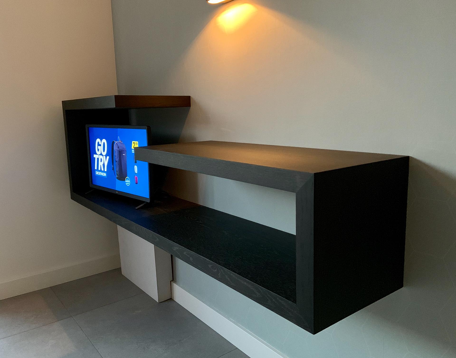 Prachtige Tv Kast.Jelle Derks Design Maatwerk Meubelen En Interieur Wandmeubel