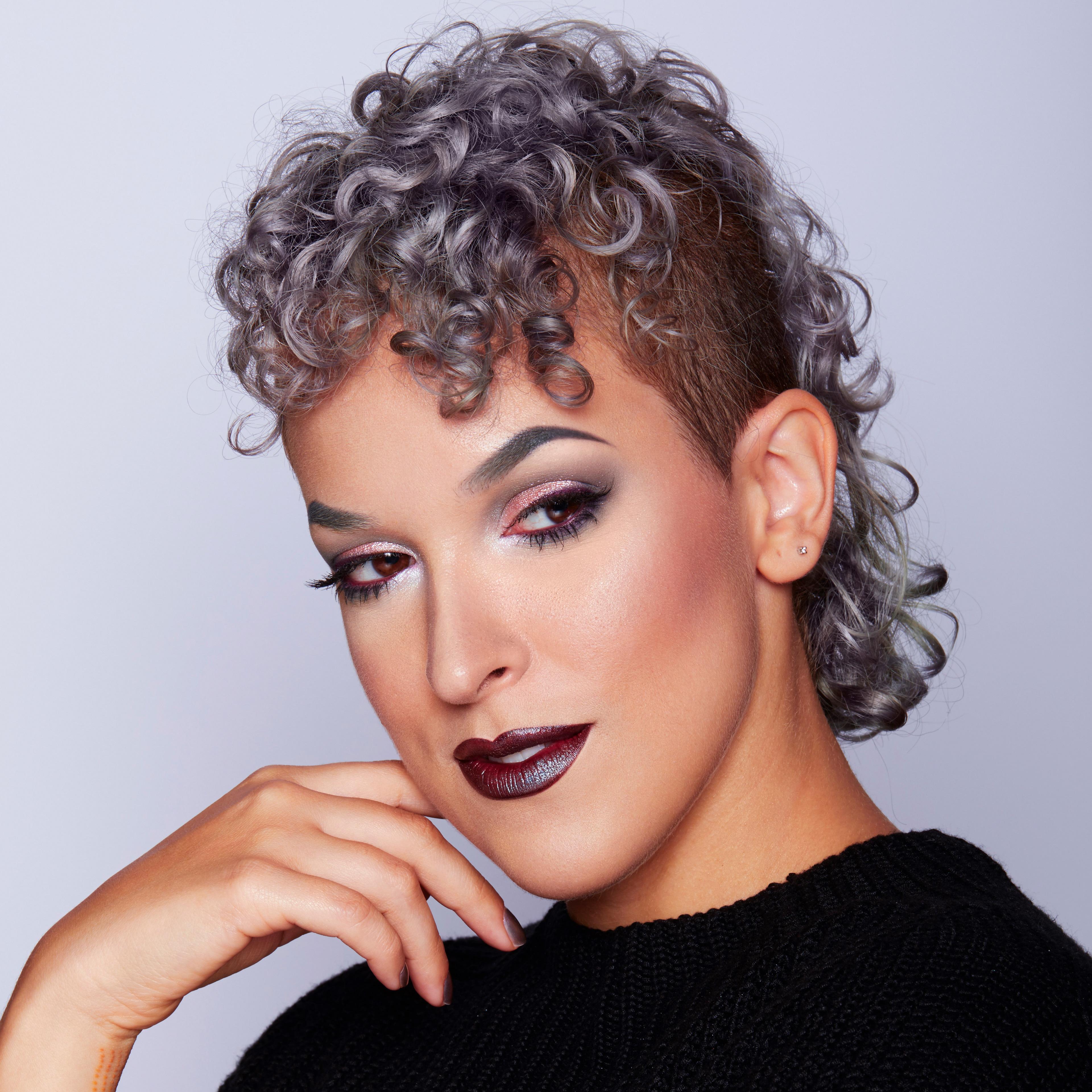 Fernanda Machado, aka Pompberry, is a Brazilian makeup artist living in Los Angeles. She started her career in 2010 working in the Brazilian fashion ...