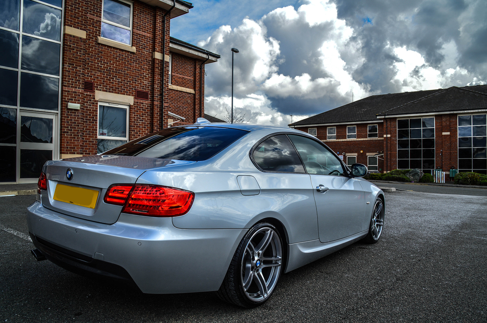 Fox One Gallery Bmw E92 325i Lci M Sport