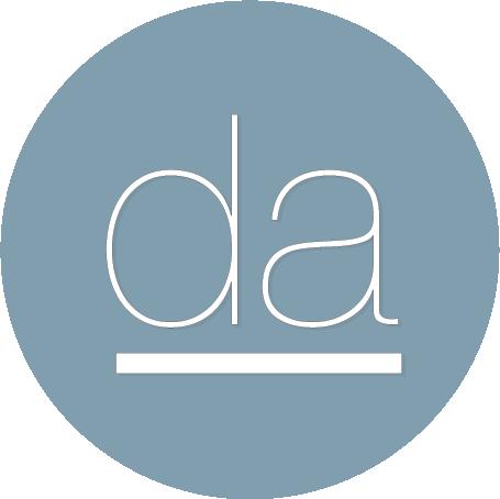 Denisse Angulo logo