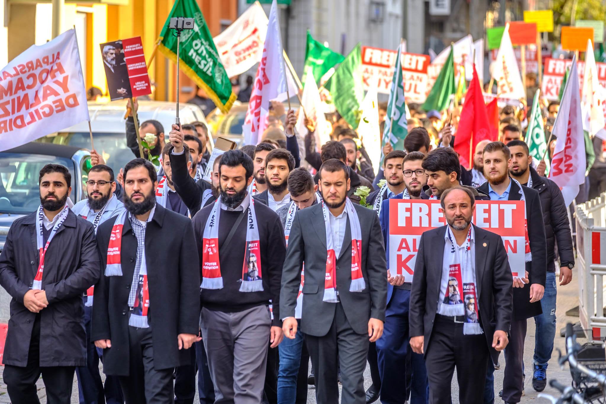 Michael Arning - 2018-10-20 Über 200 Islamisten demonstrieren in Hamburg
