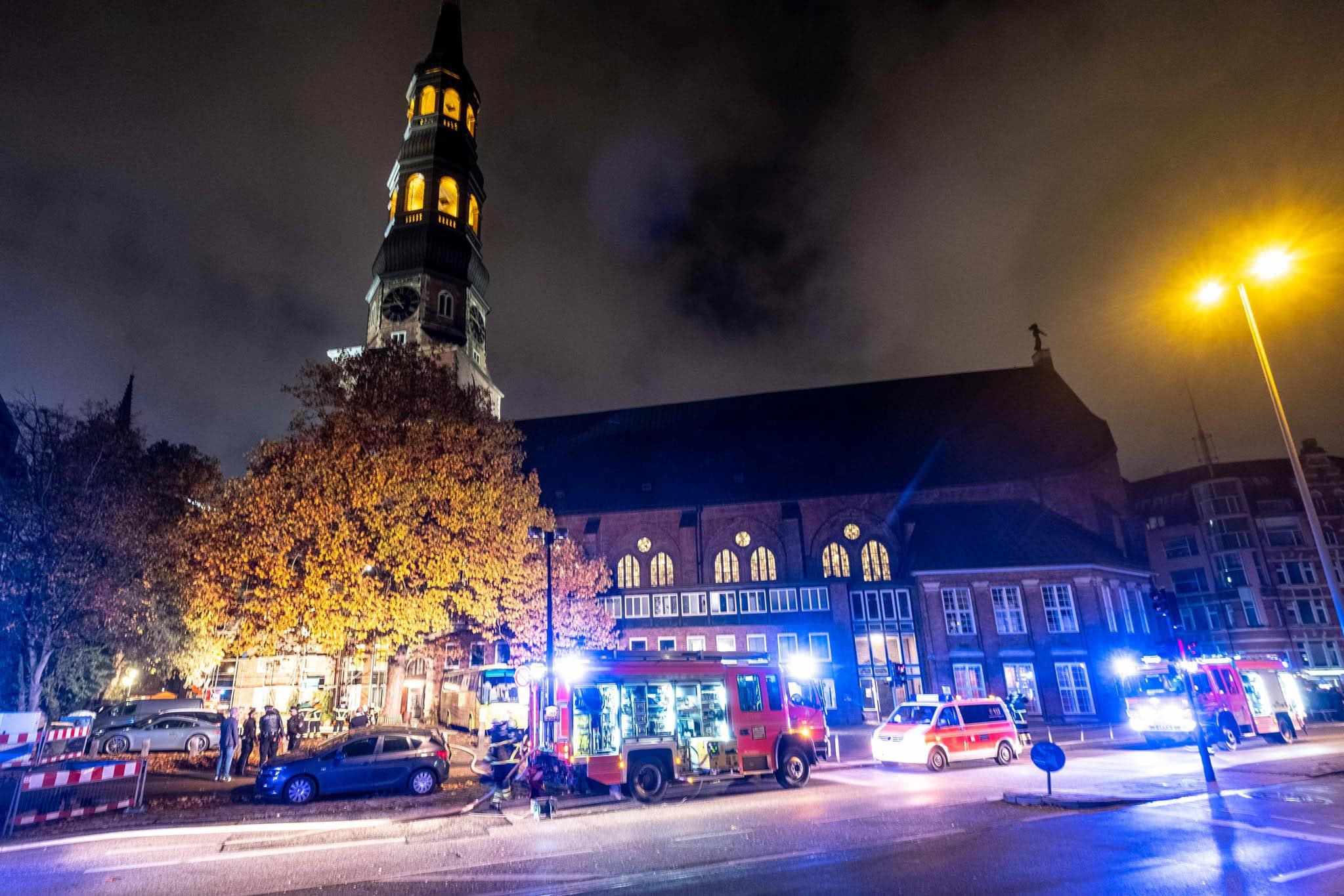 Michael Arning - 2018-11-12 Feuer im Anbau der Katharienkirche